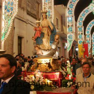 Procession of the Madonna (1)